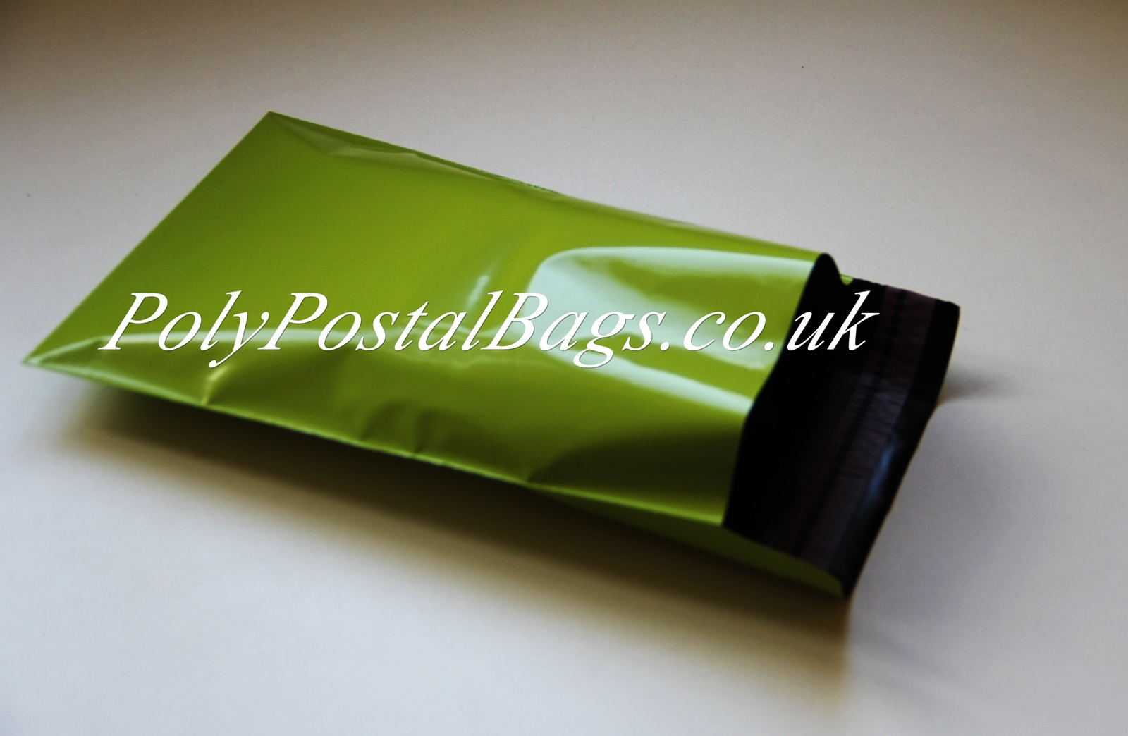 "200x Green Mailing Bags 10x14"" - 250x350mm +Lip"
